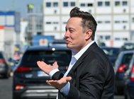 Ілон Маск не проти об'єднати Tesla із конкурентами
