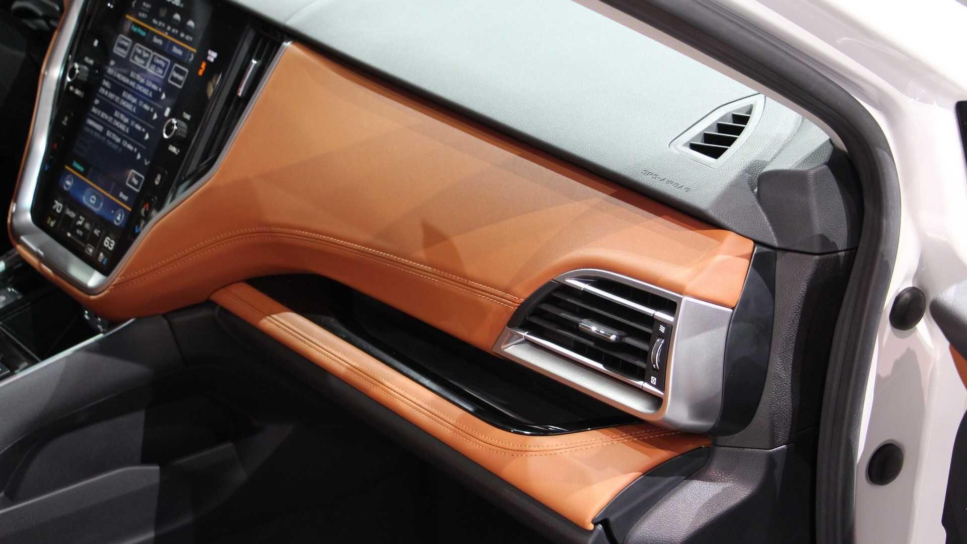 Subaru Legacy сьомого покоління представлений у Чікаго: фото, відео