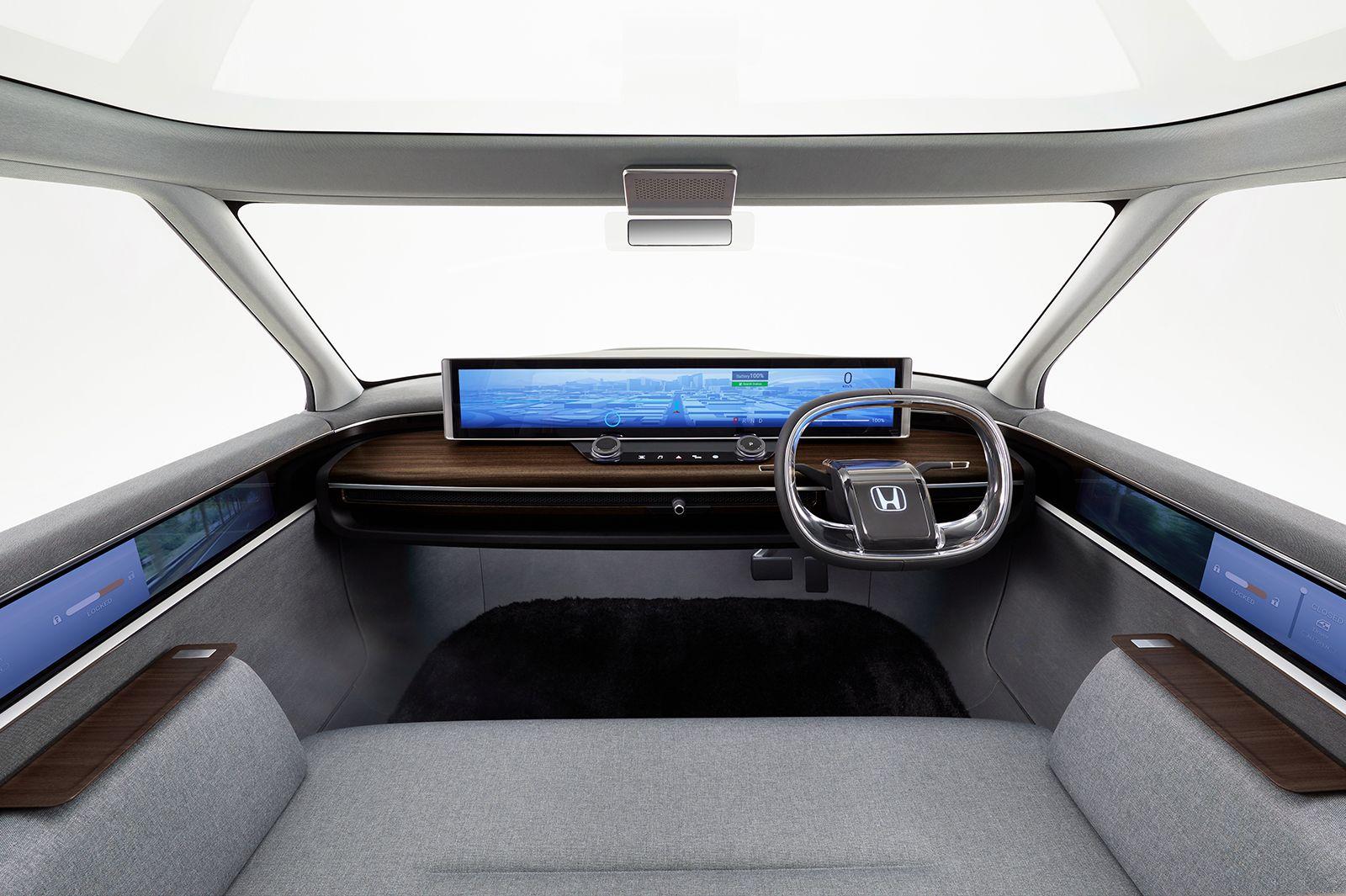 Honda показала інтер'єр електрокара, який представить у Женеві