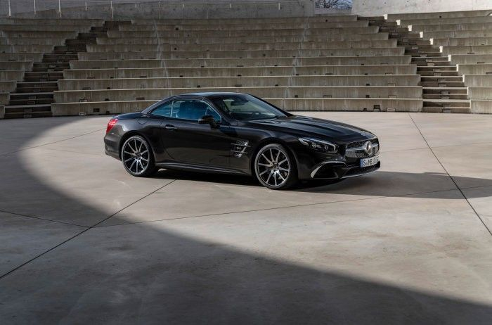 Mercedes-Benz показав злегка оновлений SL Grand Edition