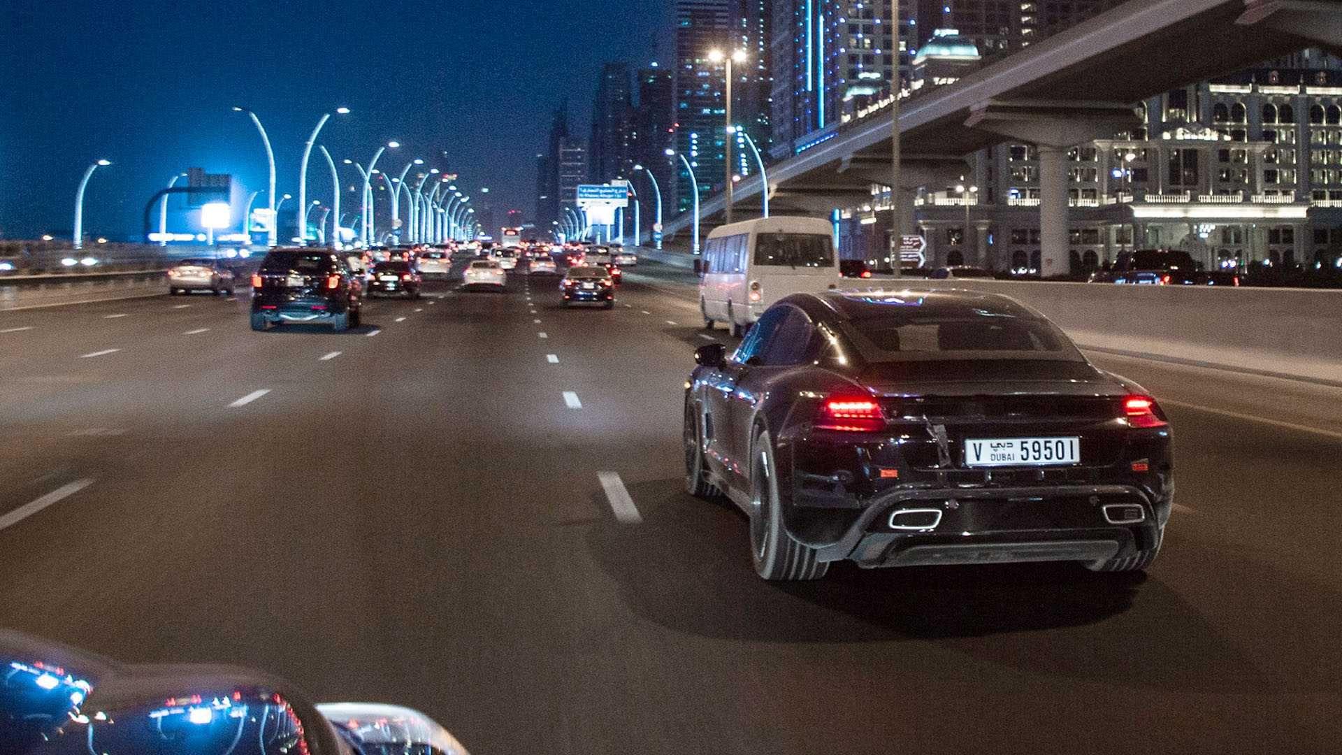 П'ять Porsche Taycan 2020 здійснили довколосвітню подорож перед прем'єрою у вересні
