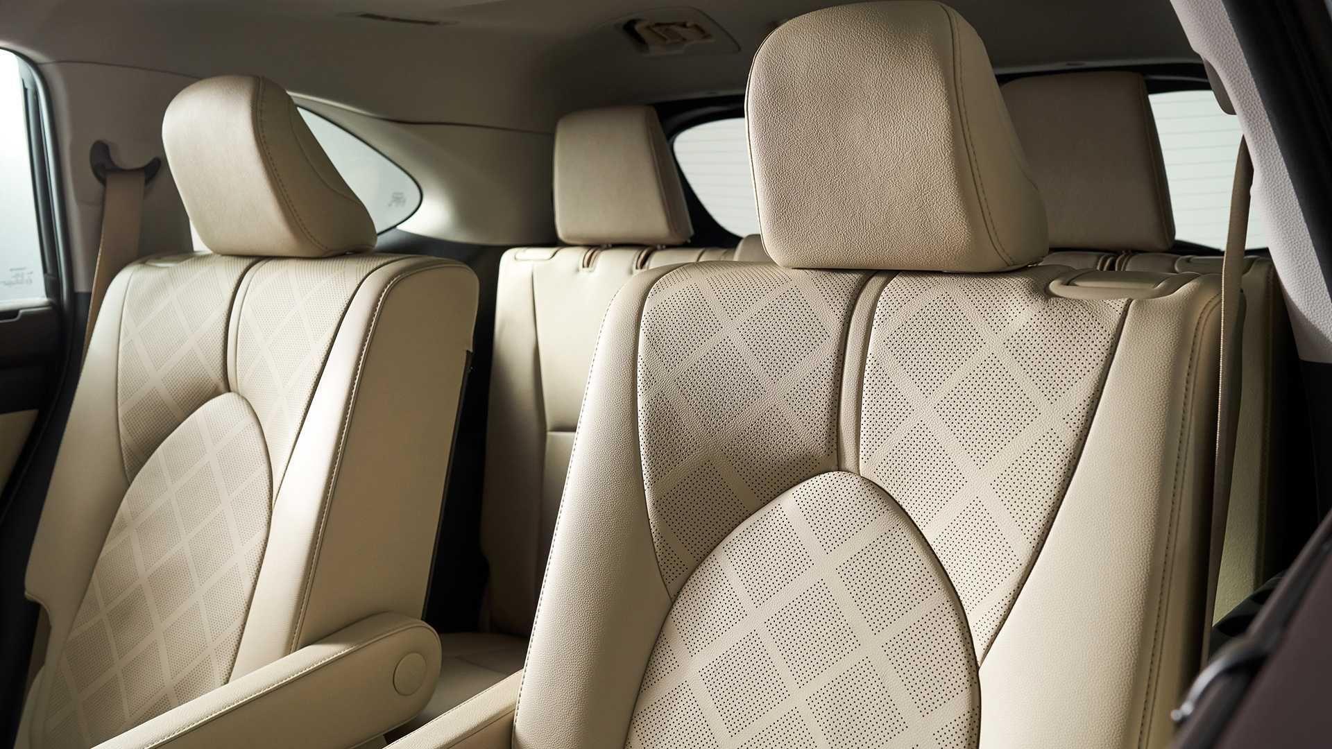 У Нью-Йорку дебютував Toyota Highlander нового покоління