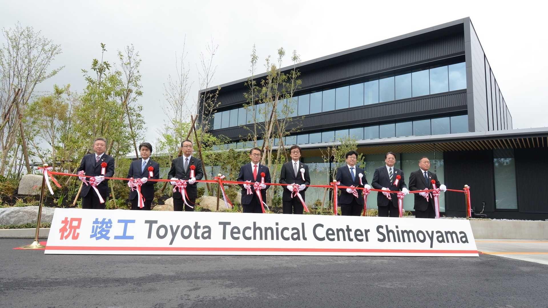 Toyota збудувала собі власний Нюрбургрінг