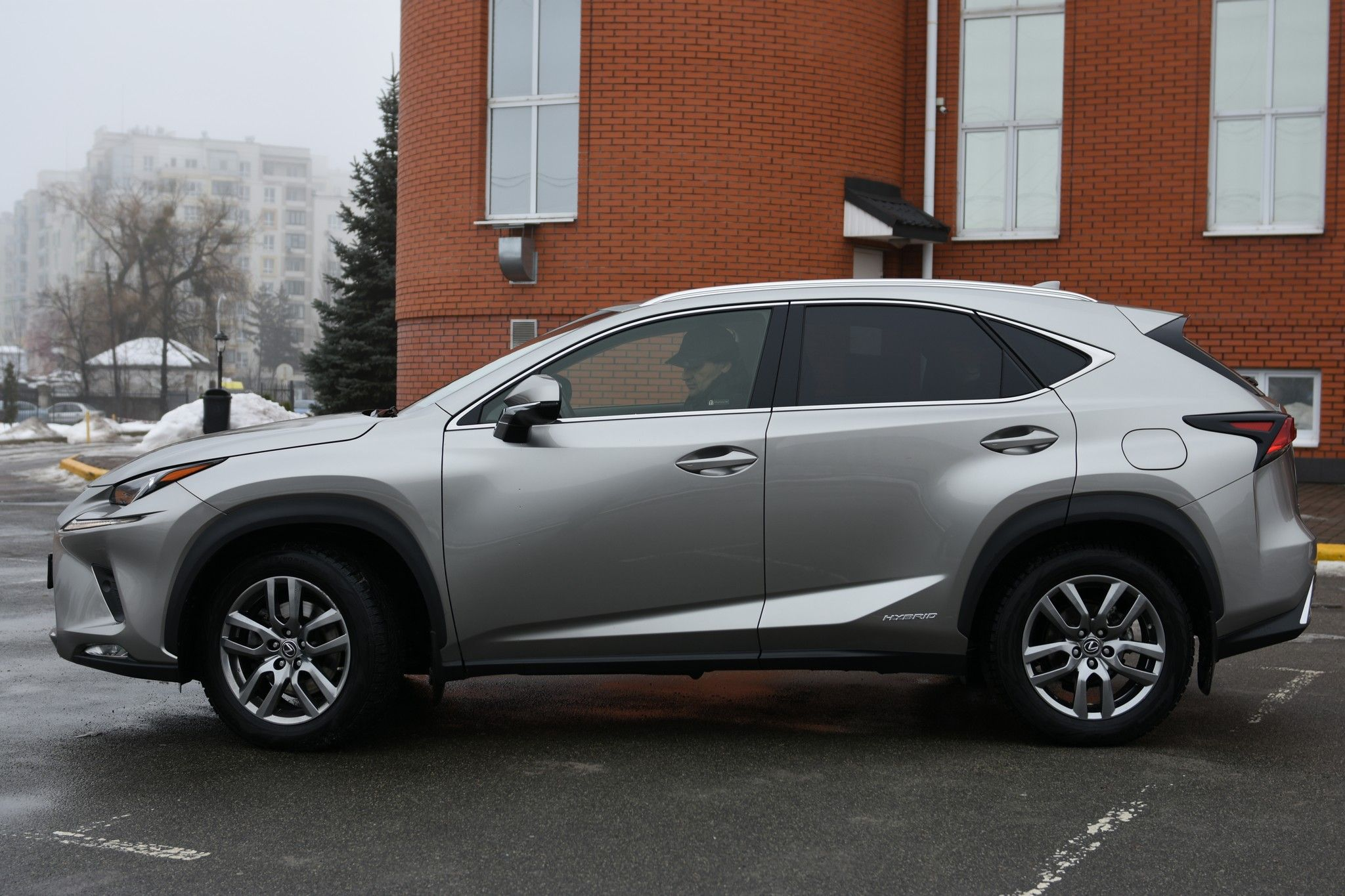 AUTO.RIA – Продам Лексус НХ 200 2019 бензин внедорожник ...   1365x2048