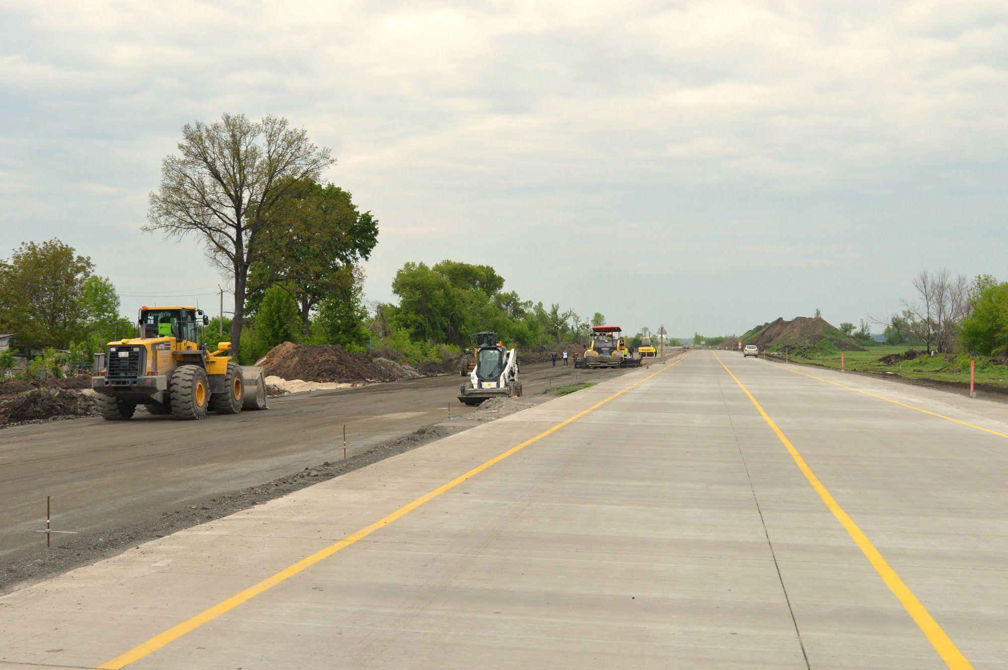 Перша в Україні бетонна дорога: що про неї відомо