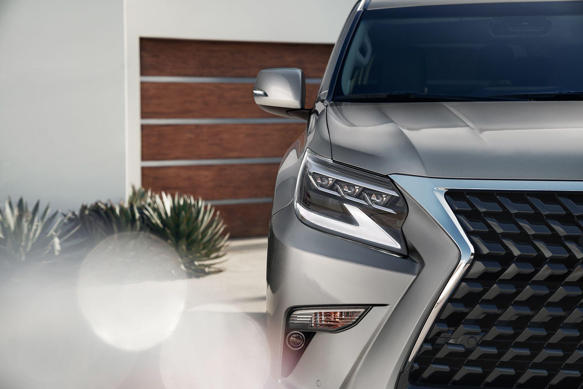 Lexus оновив GX 460, розширивши його позашляхові можливості