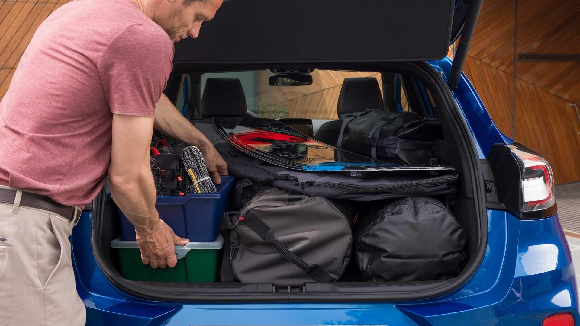 Ford офіційно представив крихітний кроссовер Puma –він трохи більший за Fiesta
