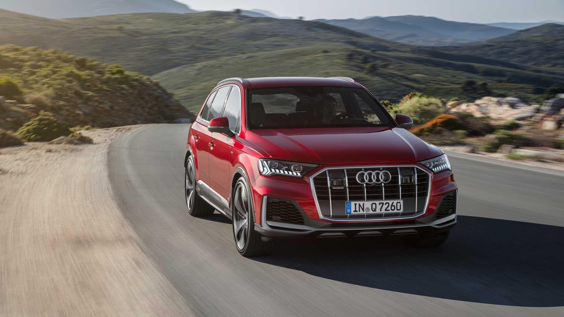 Audi офіційно представила оновлений Q7 2020
