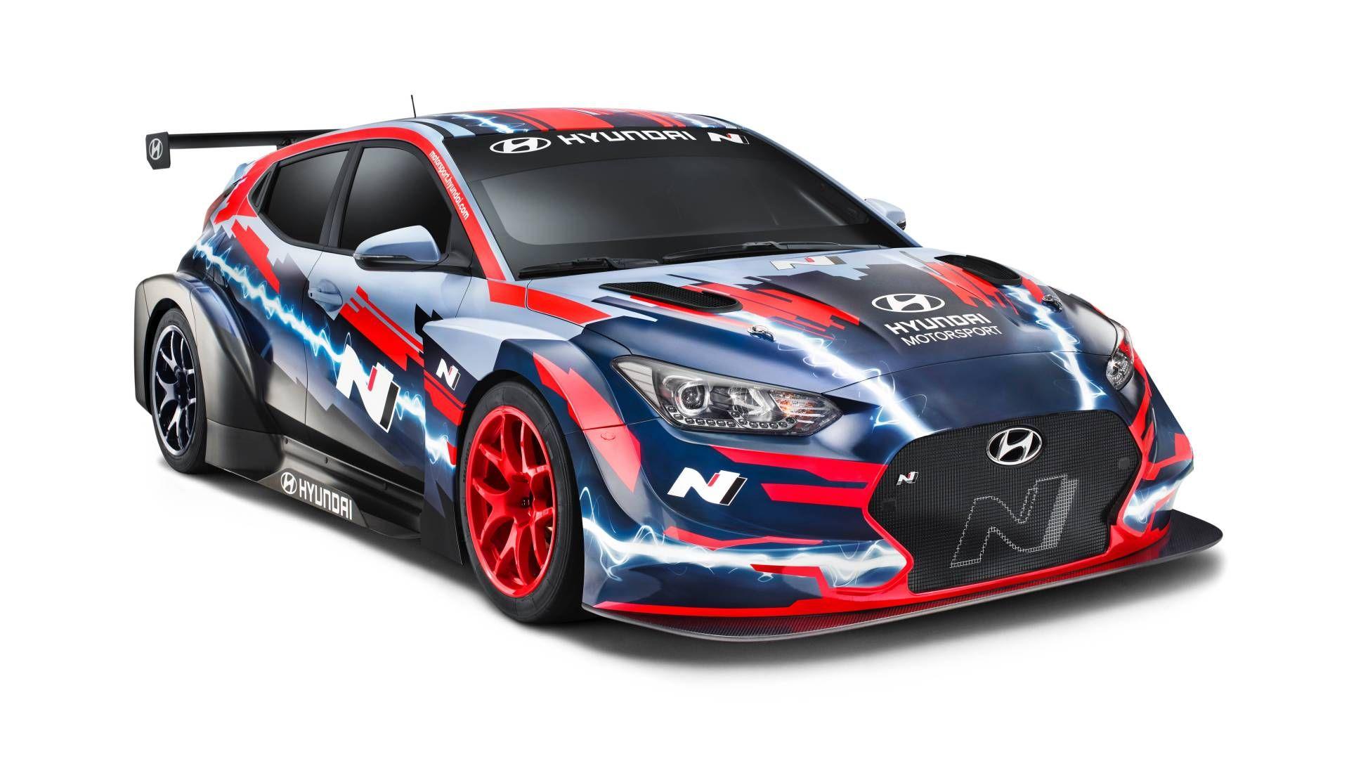 Hyundai показала високовольтний електрохетч та спортивний хетчбек для громадян без гоночної ліцензії