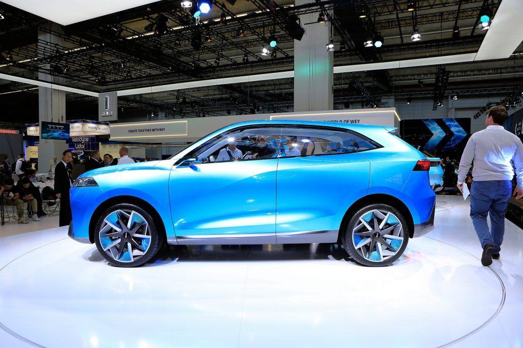 Китайський бренд Wey розродився парою гарних електричних SUV і спортивним крос-купе від Brabus