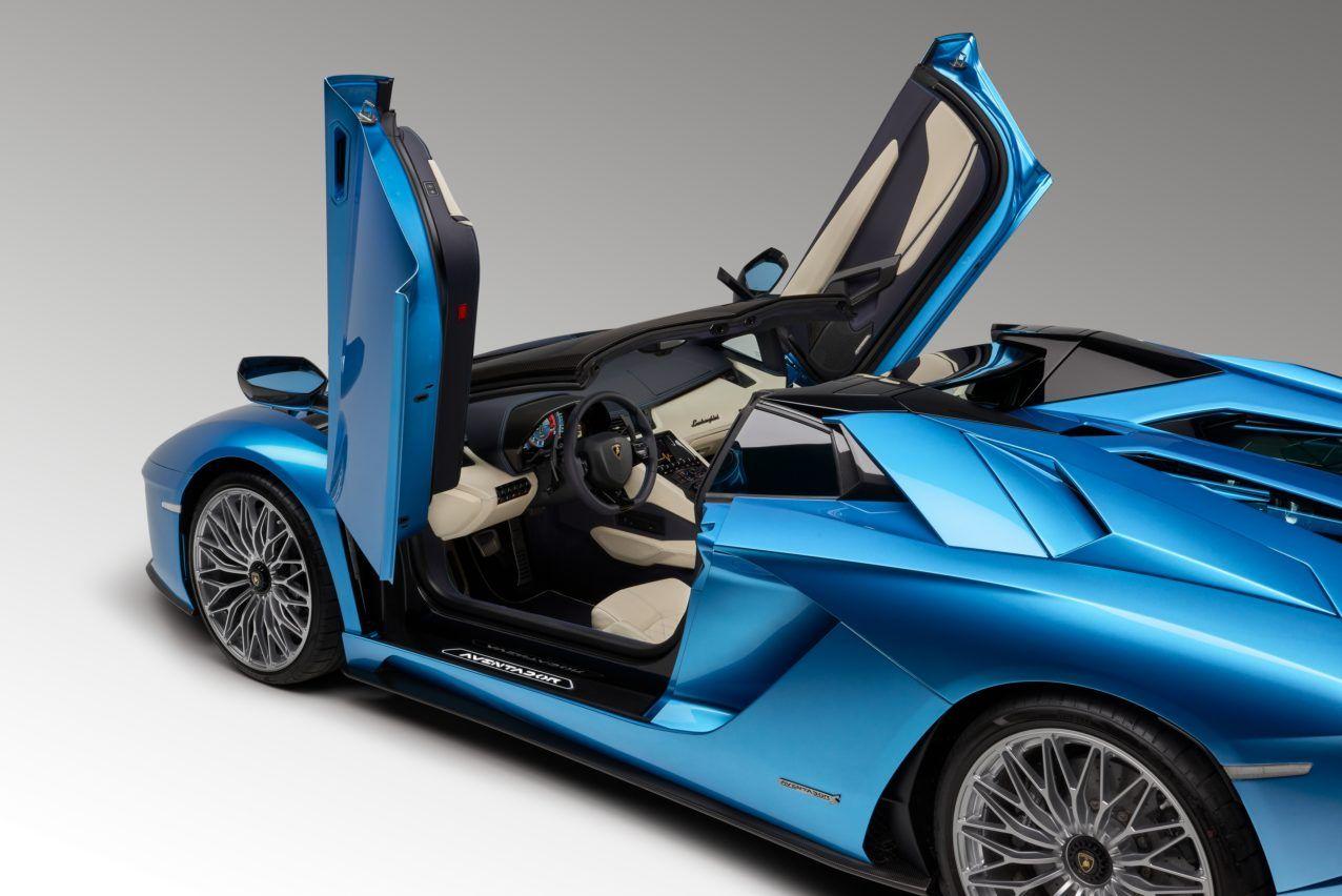 500-сильну репліку Lamborghini Aventador Roadster продають усього за 40 тисяч доларів