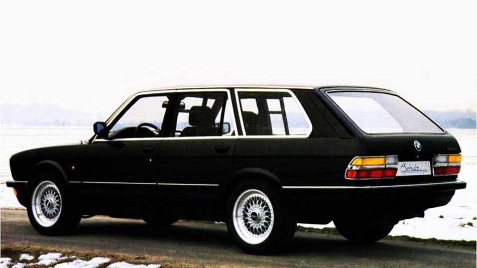 Mercedes 190 в Golf-кузові хетчбек –несподіваний формат від німецьких тюнерів