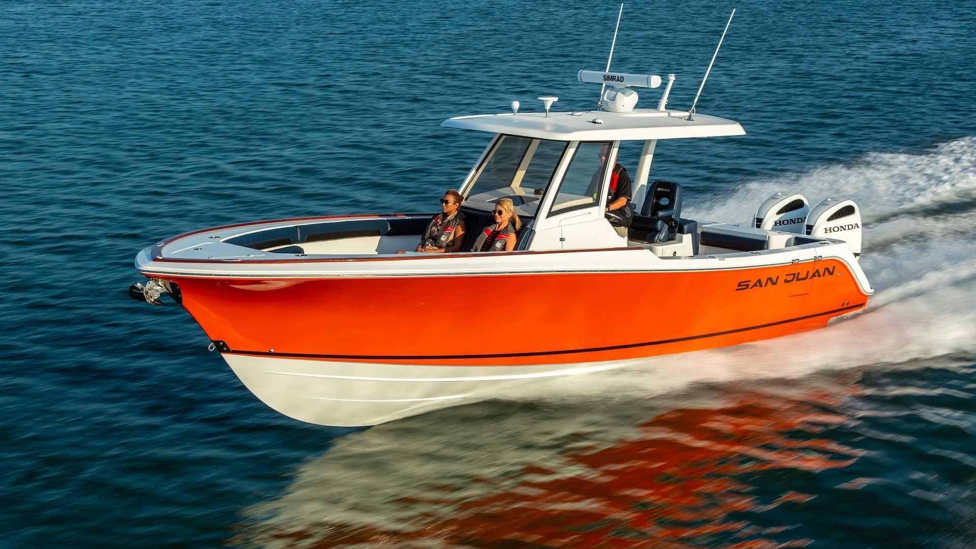 Золота рибка: Honda Marine SJ32 від SanJuanYachts пофарбована в колір NSX