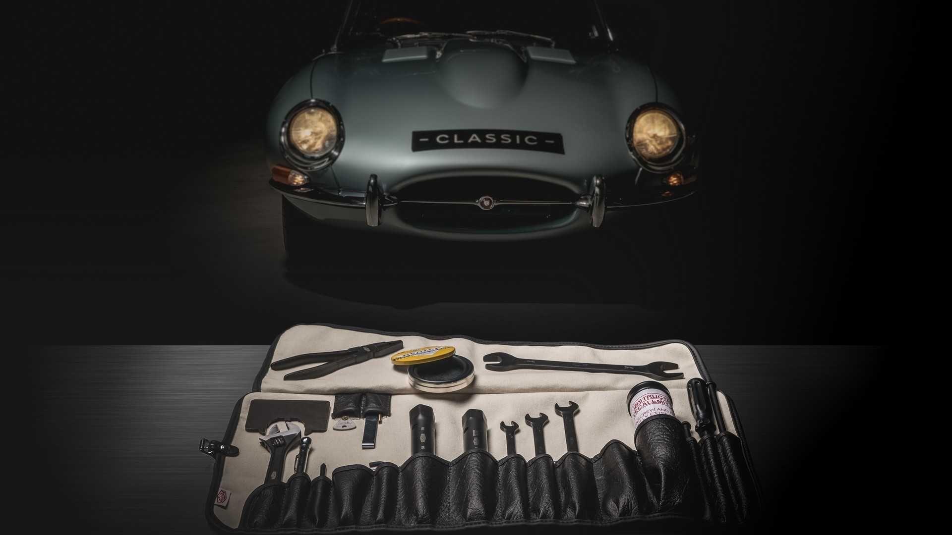 Jaguar випустив набір фірмових інструментів для машини, знятої з виробництва півстоліття тому