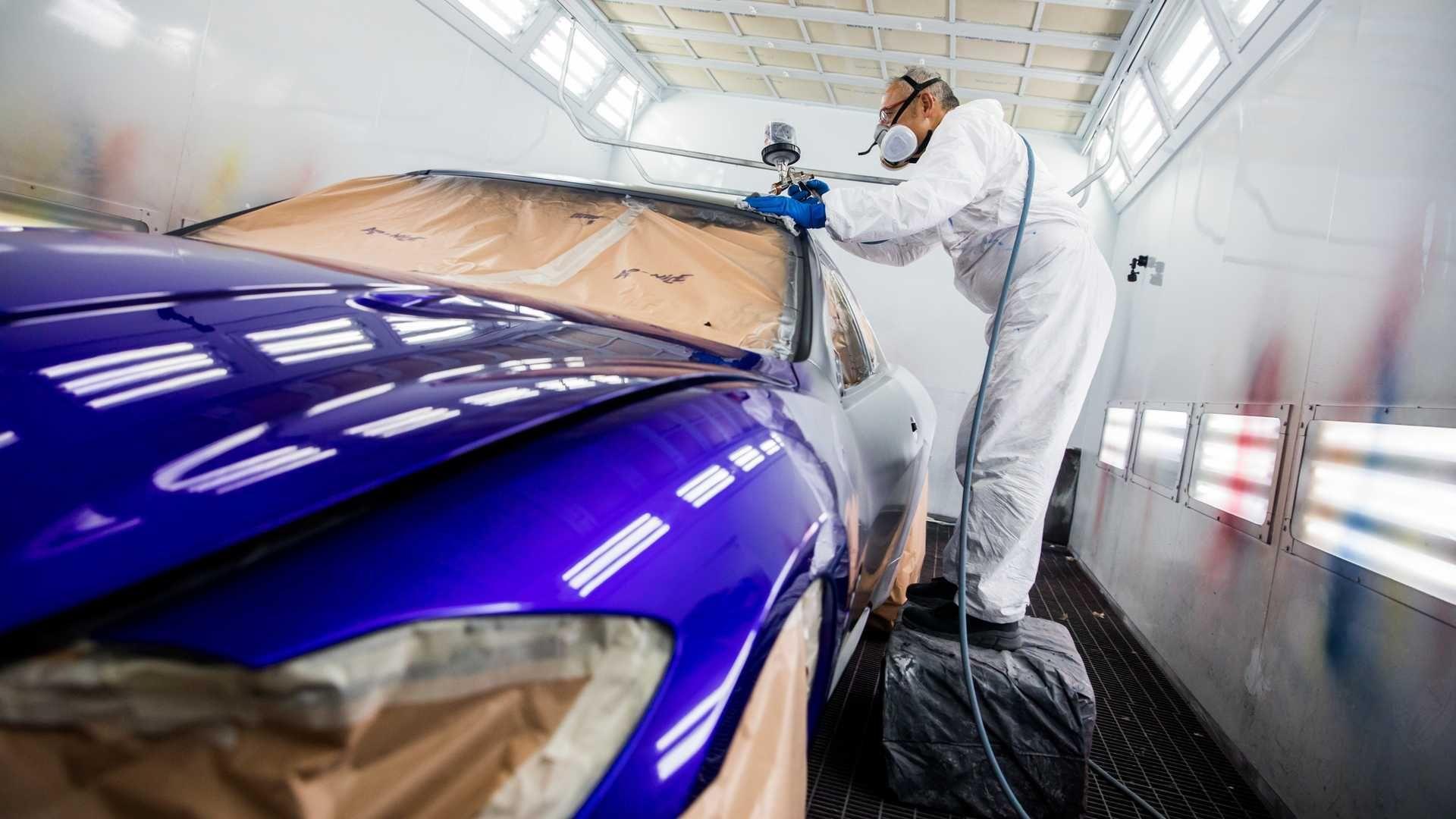 Maserati припиняє випуск моделі GranTurismo і показала машину з фінальним серійним номером