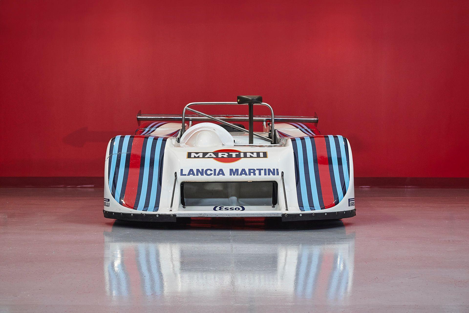Шість унікальних гоночних болідів Lancia продають за 7,5 мільйона доларів