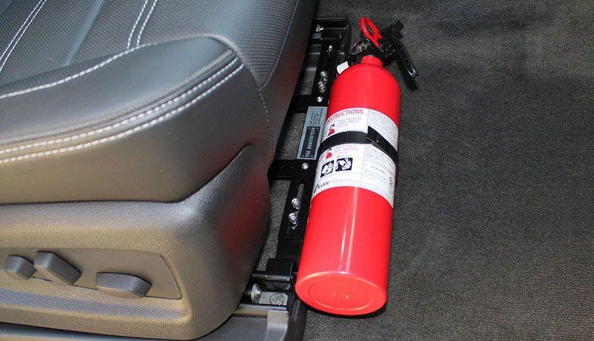 Выбираем с умом: какой огнетушитель лучше для автомобиля