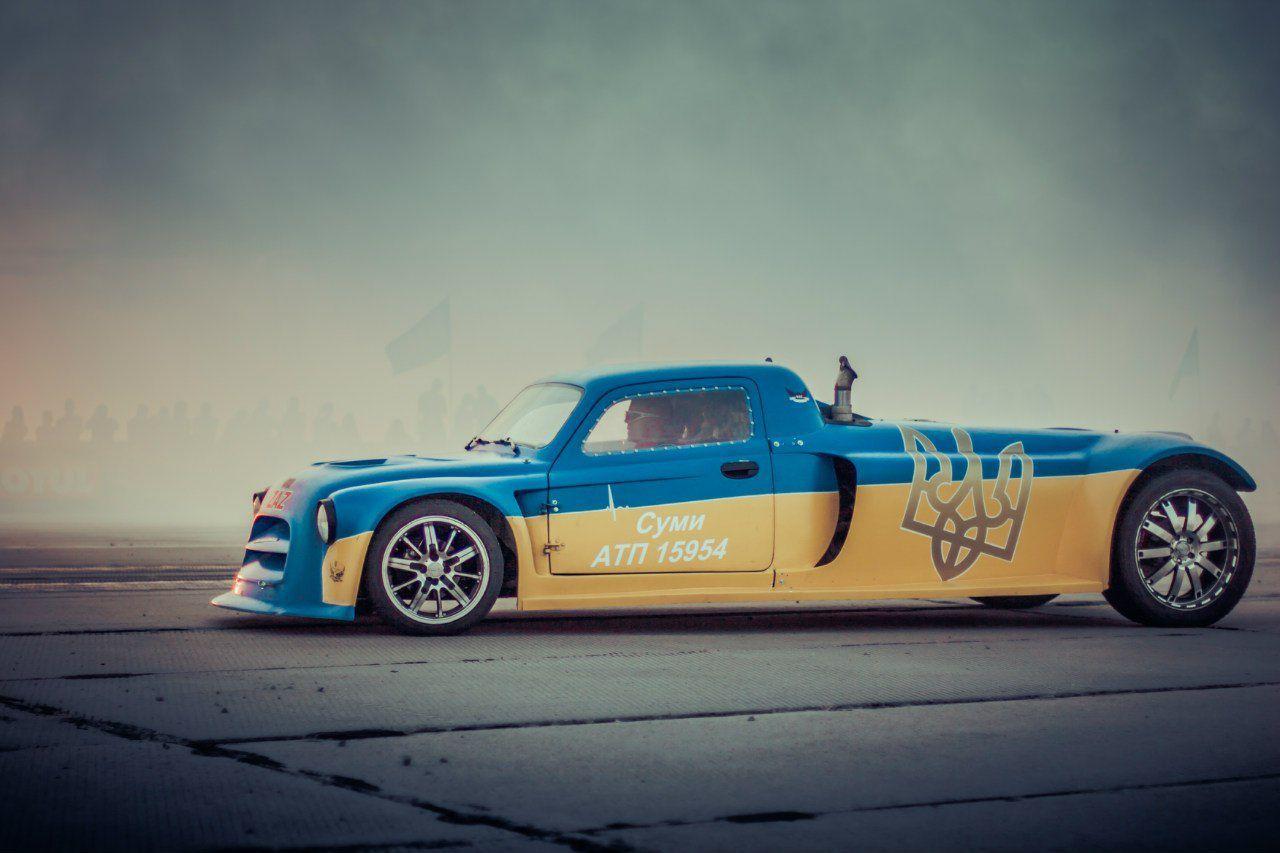 День Флага: самые известные желто-голубые автомобили 1