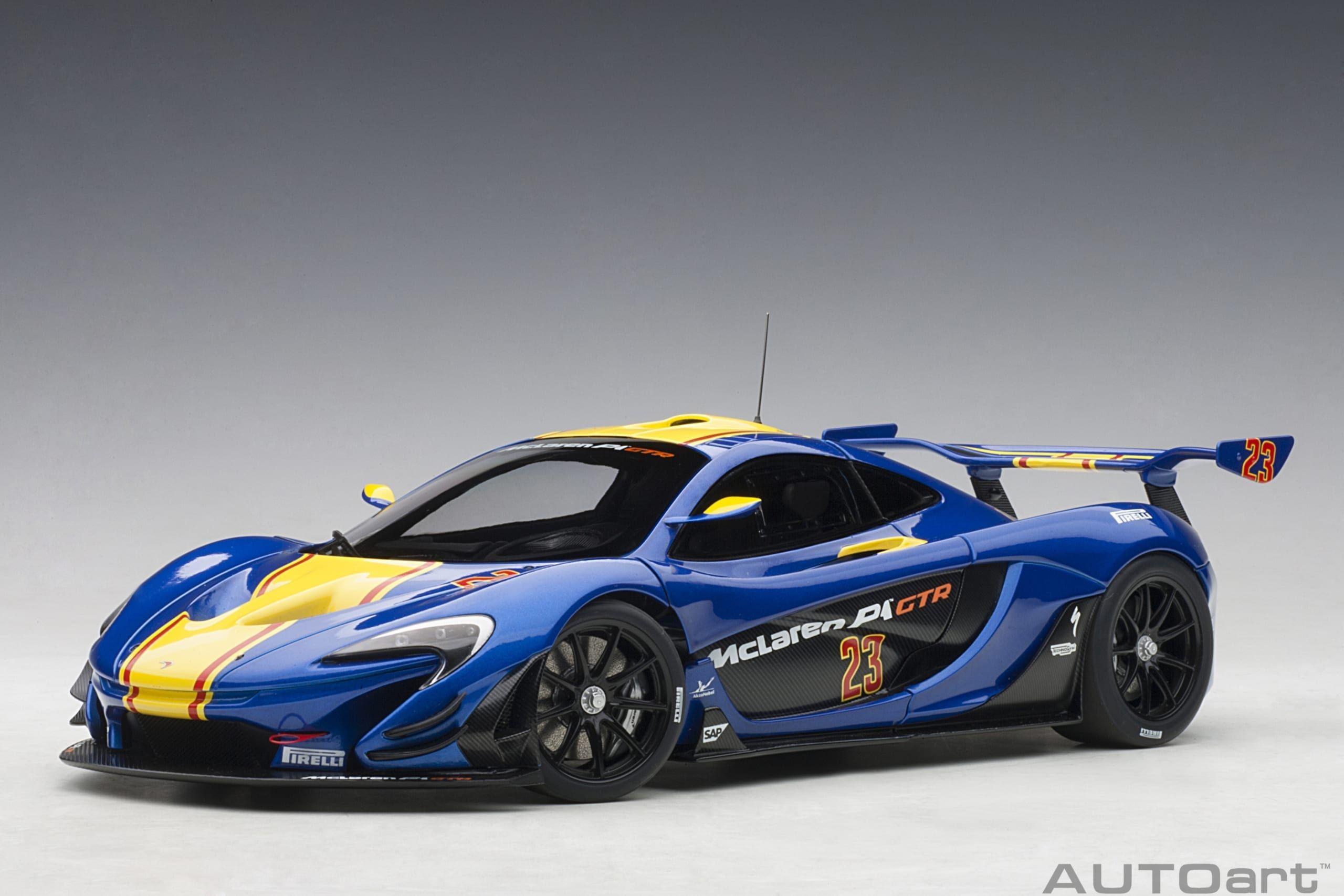 День Флага: самые известные желто-голубые автомобили 2