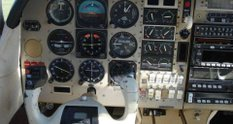 Літаючий Porsche: на продаж виставили літак з мотором і салоном від Porsche