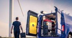 Фірма, що випускає лондонські кеби, представила комерційний гібридний фургон