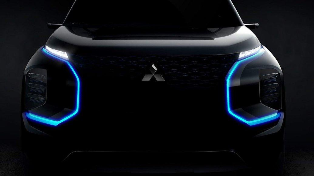Роздивляємось новий електричний позашляховик Mitsubishi Engelberg Tourer