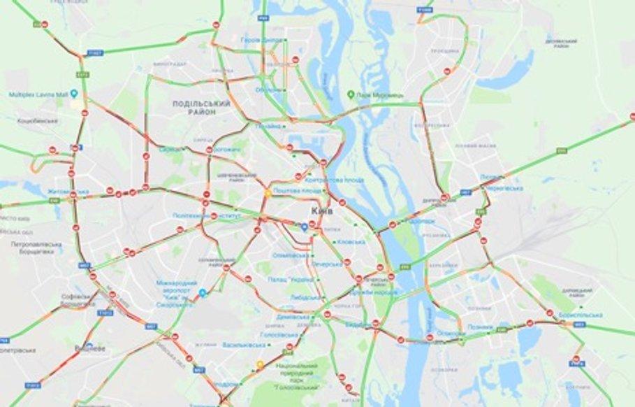 Київ зупинився в заторах: карта