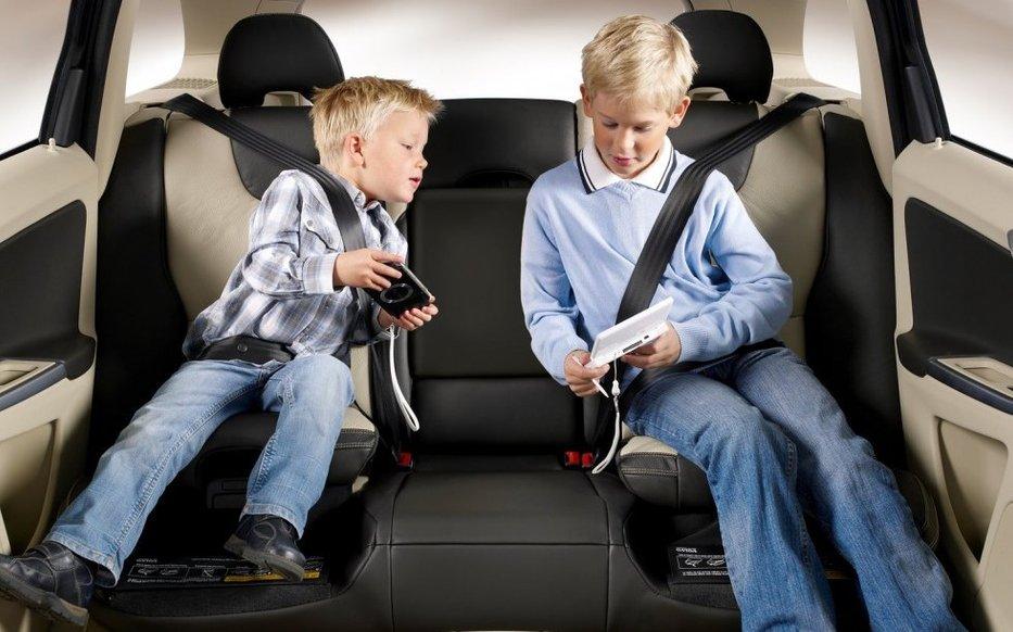 Як діти в школу: як правильно возити дитину на уроки