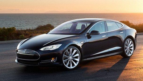 Украинские таможенники отобрали Tesla за слишком низкую стоимость