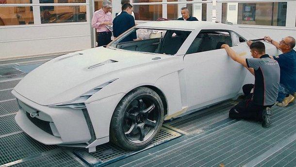 Відео: як італійці перетворили GT-R на шедевр