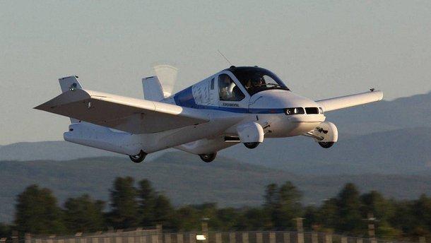 Літаючий автомобіль Terrafugia вже можна замовити