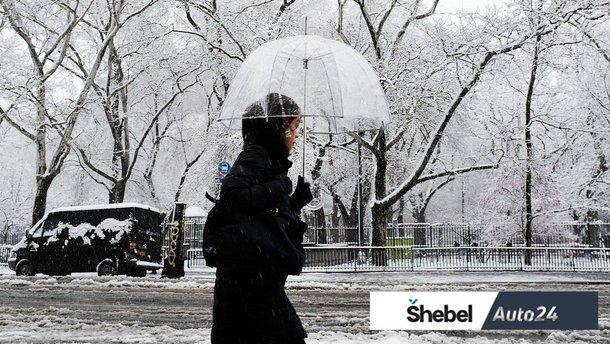 Сніг з дощем: як їздити в таку погоду