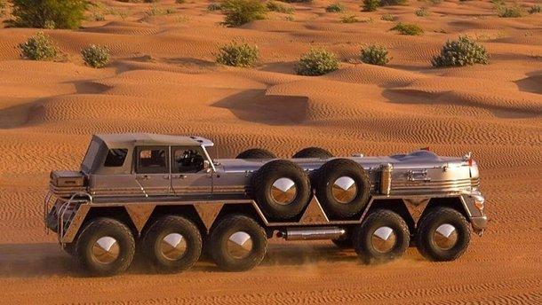 Справжній шейховоз: 10-колісний Dhabiyan поєднав естетику паротягів та авто 1930-х років
