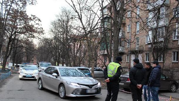 """У чиновника """"Укравтодора"""" угнали дорогой автомобиль"""