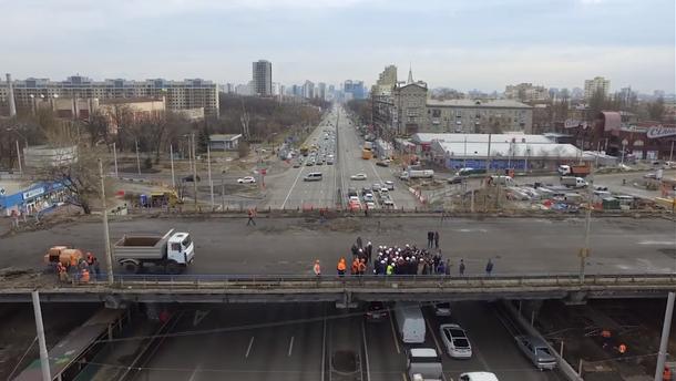 Віталій Кличко перевірив, як виконуються роботи на Шулявському шляхопроводі: Відео