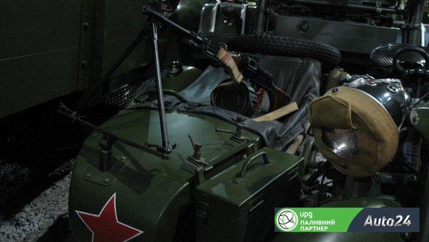 """Як відрізнити військові мотоцикли """"Дніпро"""" від підробки: 10 відмінностей"""