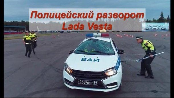 Як російські військові вчаться водити авто: відео