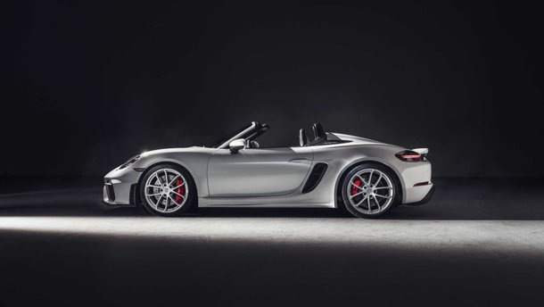 Porsche офіційно представила купе 718 Cayman GT4 та кабріолет 718 Spyder (фото, відео)