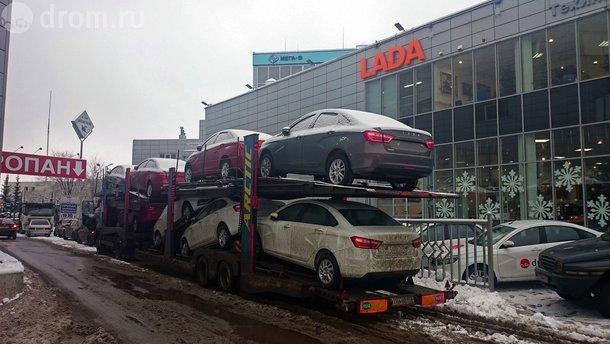 Российские автомобили снова можно ввозить в Украину: постановление Кабмина
