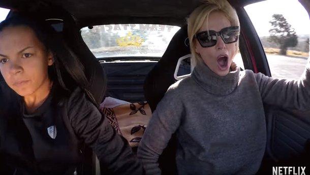 Відео: Шарліз Терон відчула на собі адреналін нового шоу Hyperdrive від Netflix