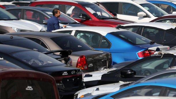 У скільки українцям обійшлись імпортні автомобілі