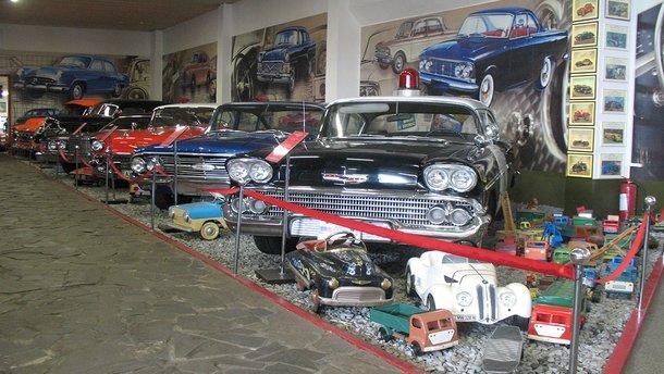 Автомобильные музеи Украины: города, описание и графики работы