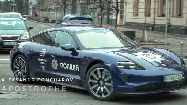 В Киеве появился полицейский Porsche: видео
