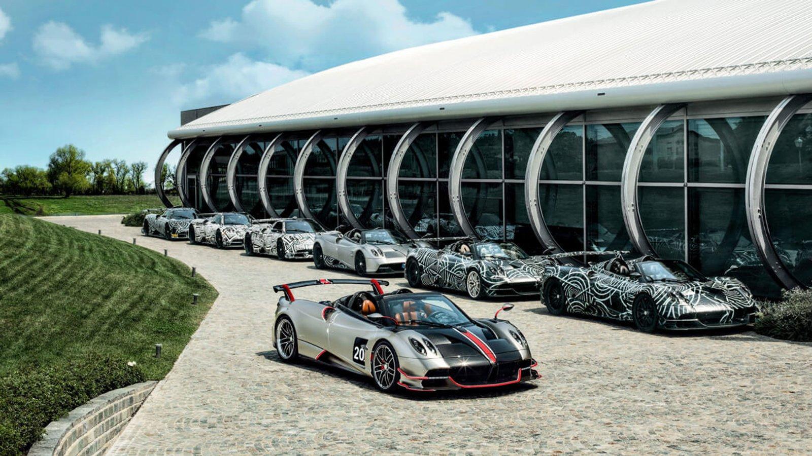 Подорожуйте, залишаючись вдома: віртуальний тур 15 автомобільними музеями світу