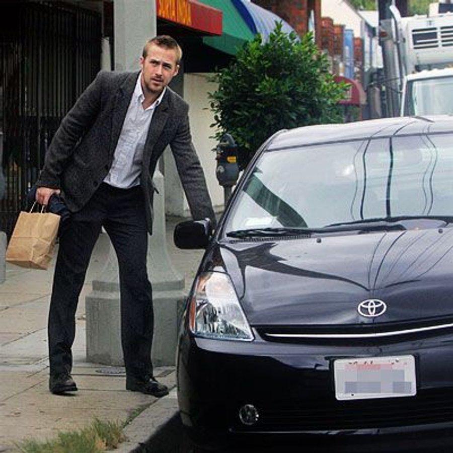 15 знаменитостей, які їздять на дешевих автомобілях