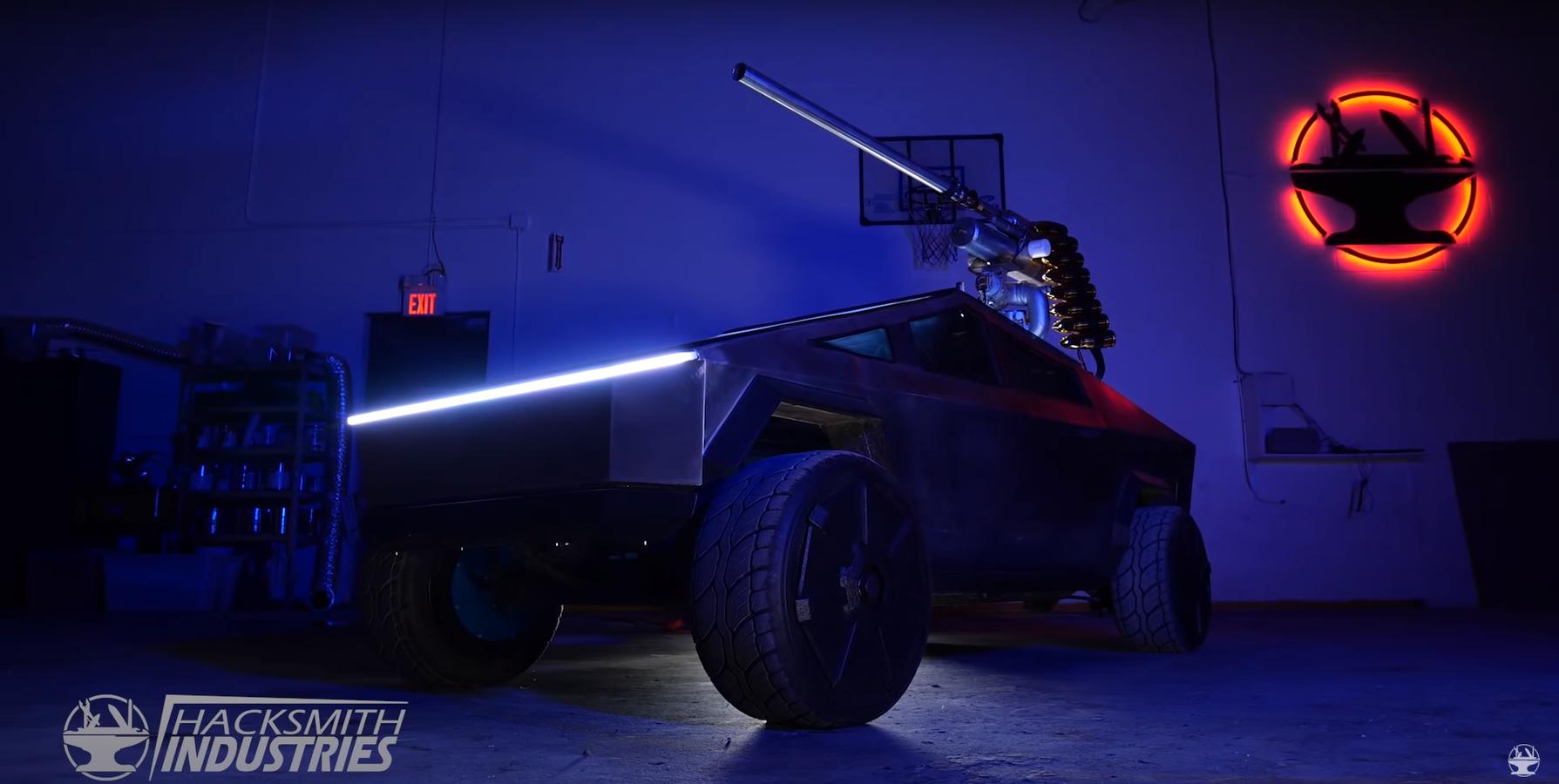 Міні Tesla Cybertruck обладнали діючою лазерною гарматою: відео