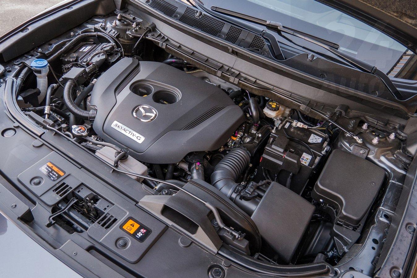 Тест-драйв Mazda CX-9: сім'янин для вибагливих