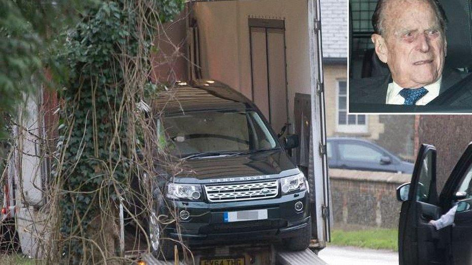Принцу Філіппу замінили розбитий Land Rover через кілька годин після аварії