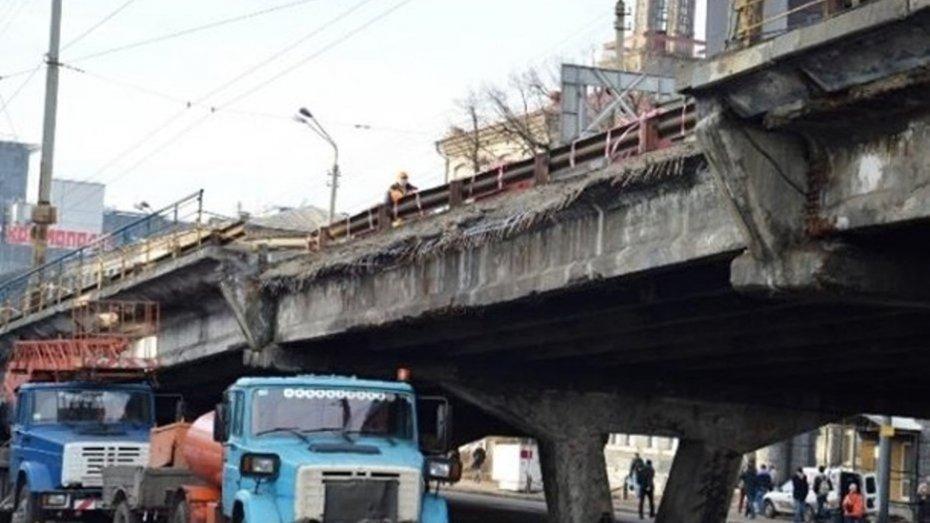 Київ на межі транспортного колапсу: Шулявский шляхопровід перекриють вже в суботу