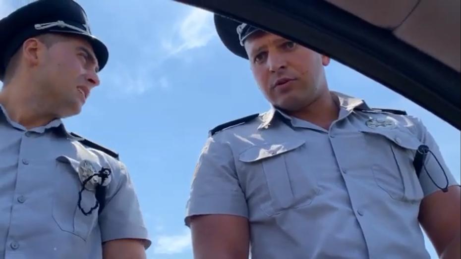 Хамська поведінка поліцейських на дорозі в Запорізькій області: відео